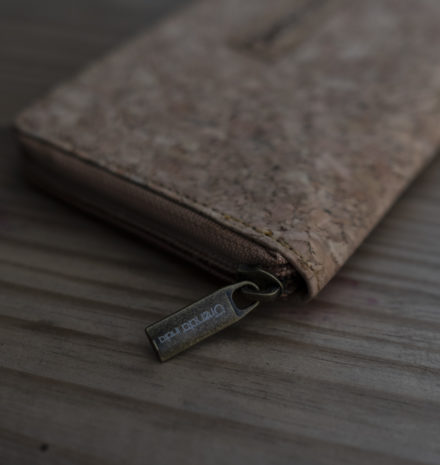 Cork Vegan Wallet : An Alternative to Leather